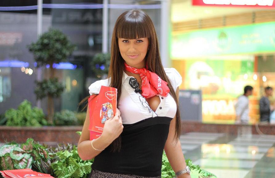 девочкам, сложно красивые русские продавщицы фото поделитесь